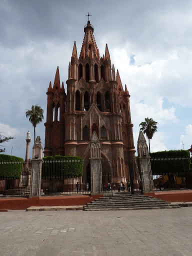 San Miguel de Allende, main cathedral. Photo by author.