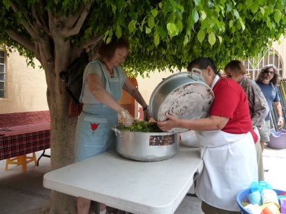 Expat volunteers prepare to serve a free meal in San Miguel de Allende. Photo by author.